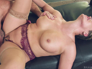 Ryan Keely - Big Tit MILF Fucks Her Driver (2019)
