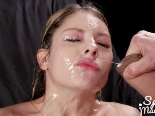 Rebecca Volpetti's Sticky Bukkake Facial