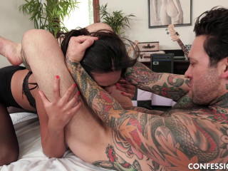 Autumn Loves Massaging That Cock With Her Pussy HD 720p