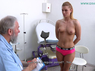 Chrissy Fox (23 years female obgyn exam)