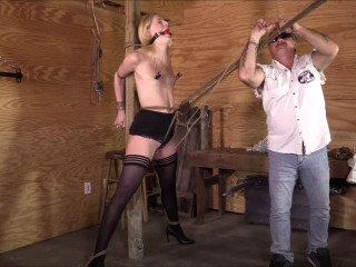 BrendasBound - Ariel Anderssen - She Said It Hurt Her Puffies So Bad