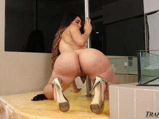 Big Booty Bella