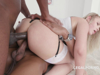 Double Anal Creampie Selvaggia gets two Bbc Balls Deep Anal Dap Gapes (2018)