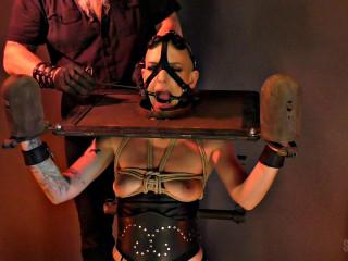 Electric Shock Fear Test - Abigail Dupree - Full HD 1080p