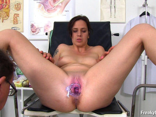 Alicia 27 years girls gyno exam (2017)