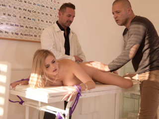 Candy Alexa - Chocked & DP'ed at the Clinic
