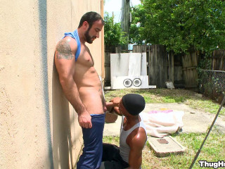 Thug Hunter - Thug vs Bear (Sean Xavier & Spencer Reed)