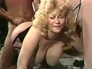 Gigantic Melon Superstars of the 80's: Lotta Topp Bevy