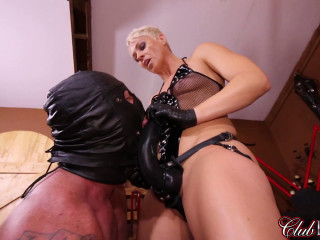Dark-hued Strap-on Rod Humping