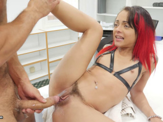 Holly Hendrix Overflowing Anal Creampies