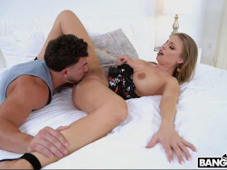Banging Busty Milf For A Creampie