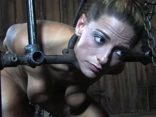 Stiff bondage, torture, suspension and smacking for highly steaming superslut