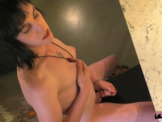 Sonya Hawthorn's Debut