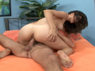 Aries Chivalrous gets finest facial cumshot ever