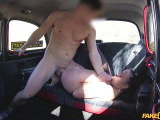 Abigail Ash - Lucky taxi drivers physio fuck FullHD 1080p