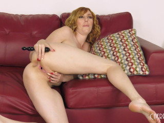 Gorgeous Redhead Lauren Phillips!