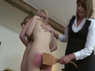 Strendvideo - Big boobed Katie spanked