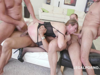 Luca Bella - No Pussy New Milf Joins The Airline