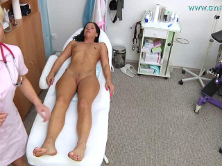 Vanesa Tvain (27 years girl gyno exam)