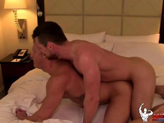 American Muscle Hunks - Kurtis Wolfe & JohnnyV