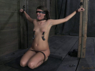 Long legs, yam-sized puffy nipples and a deep throat! Cassandra gets the restrain bondage face porking of her life