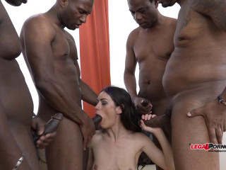 Arwen Gold gangbnaged by 4 huge black dicks with double fuck