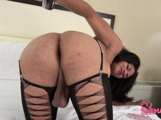 Morena Black Toys Her Sexy Ass!