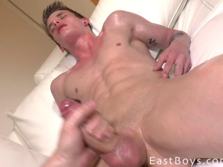 Eastboys - Alexander Dorch - Erotic Massage - Handjob And Cumshot