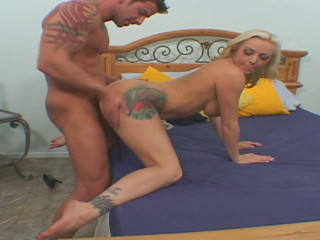 Blonde's husband surprises with a xxx fucking