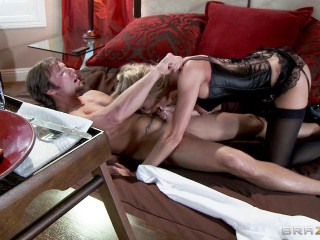 Cuckolding the Neglectful Hubby
