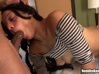 big ass ebony slut chicago peach loves ride big dick
