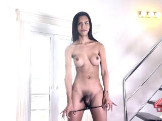 Sexy Leggy Nicole Struts Her Stuff!