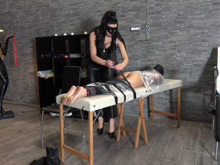 Mistress Gaia - Tickle Table Of Torture