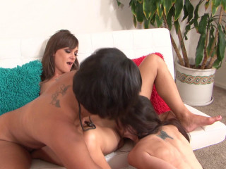 Cytherea Is A Lesbian Unload Machine 04