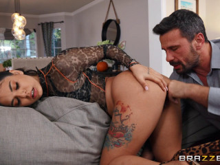 Day With A Pornstar: Gina Valentina