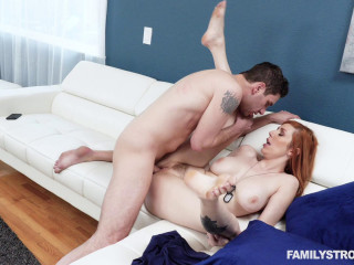 Lauren Phillips - Star Spangled Stepmom