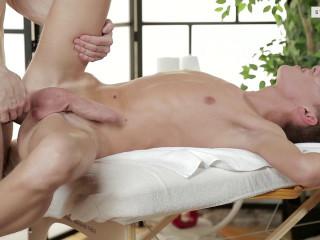 The super masseuse