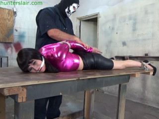 Hunterslair - Raquel Roper - Spread out on his table for cruel crotch rope
