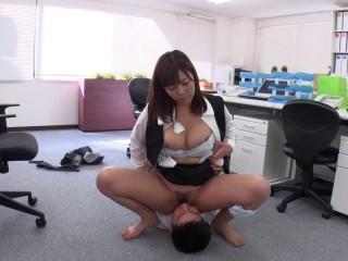 Sara Saijo - Alone in The Office