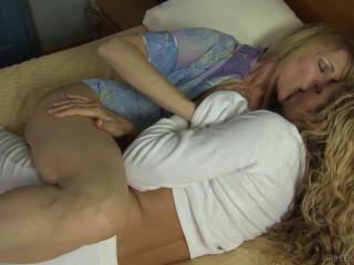 Lesbian Seductions Nicole Moore, Prinzzess