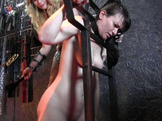 Minuit and Yvette, a girl-girl bondage session vol.3