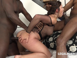 Alexis Virgin blacked and Dped in hard multiracial 3 way (2016)