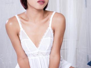 Sweetie Natty In White Orgasms!