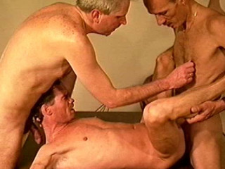 Cum Gangbang With Brutal Fuckers