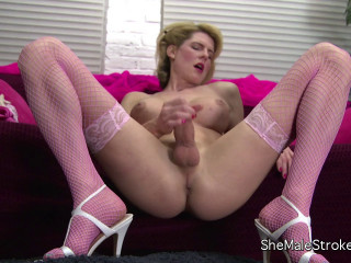 Transsexual Delia Delions - Long-legged Blonde She-male Blows a load On Her Tummy!