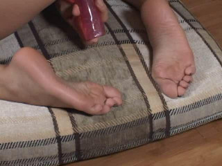 Sole Files Solos :Girls Shoeless And Their Playthings (2005)