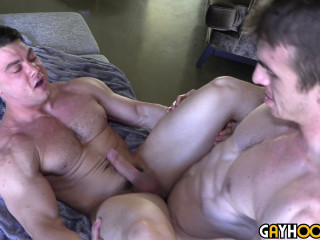 Newcomer Joel Gordo FUCKS Collin Simpson