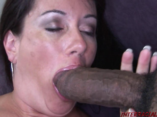 Hot Housewife Sandy Takes That Zilla Dick! - Sandy Beach - Full HD 1080p