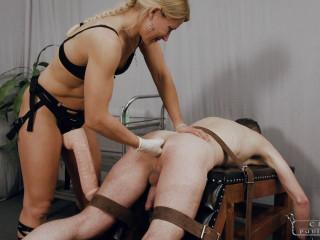 Cruel Punishments - Mistress Zita - Disappearing strapon