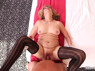 Audre - Stripper GILF needs some dick FullHD 1080p